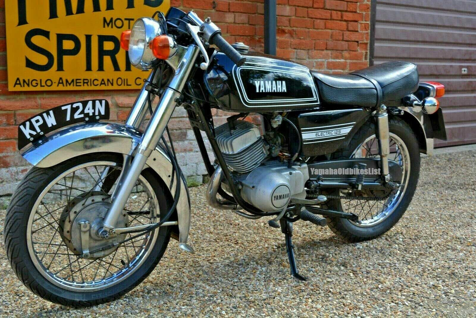 Classic 1974 Yamaha Rs 125 E Cafe Racer