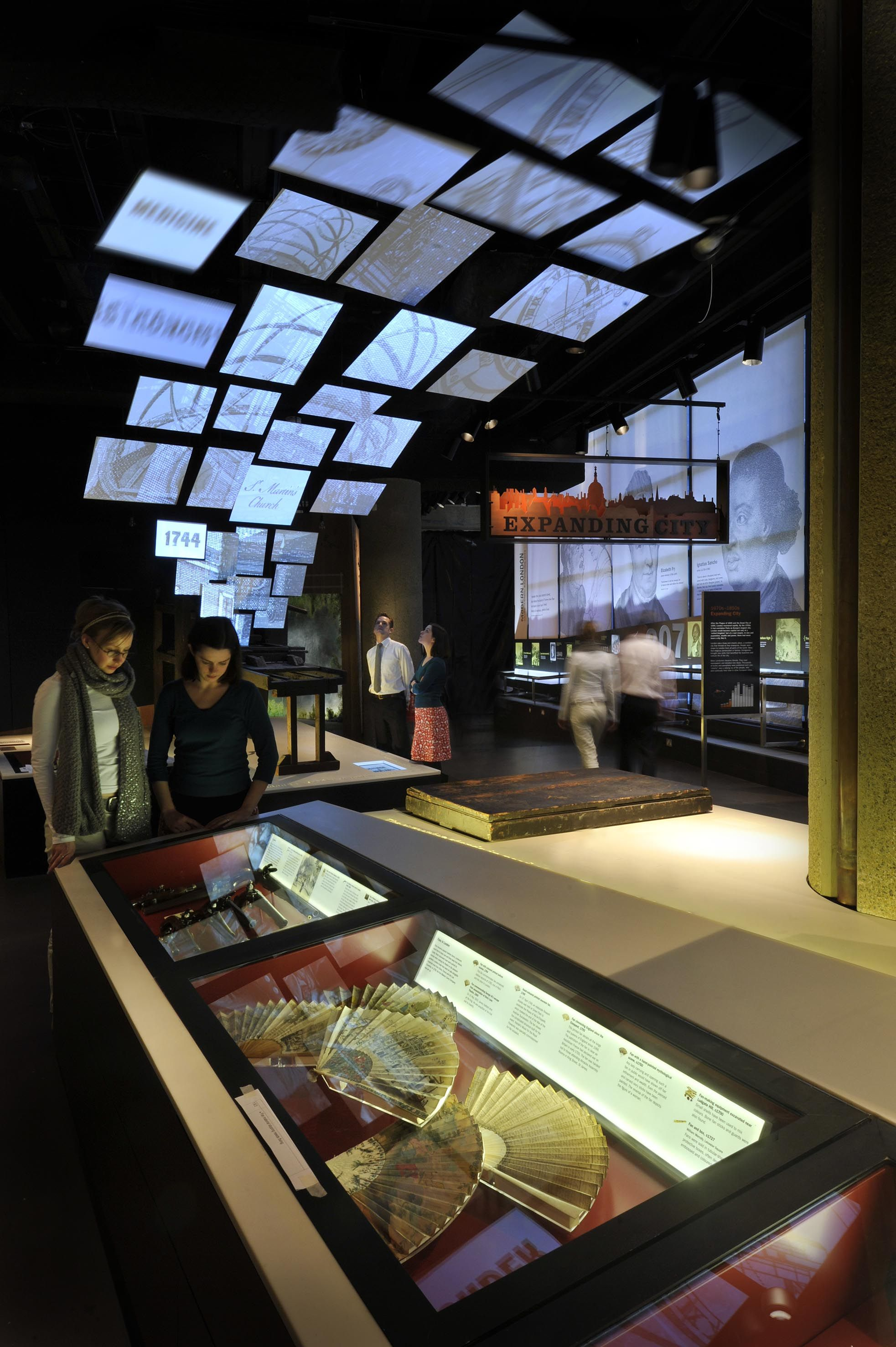 Exhibition Booth London : Expanding city s c museum of london g