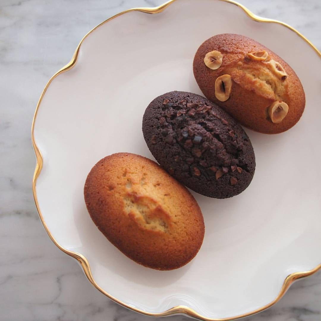 "1,323 mentions J'aime, 9 commentaires - 스위트하니(sweethani cake) (@sweethani_cake) sur Instagram: "". . 먹음직스러운 휘낭시에3종♡ .  스위트하니 공방을 두번~세번~ 다시찾아주시는분들이 많아서 넘 행복하고 보람됩니다~^^ .  #베이킹수업#베이킹클래스#원데이클래스…"""