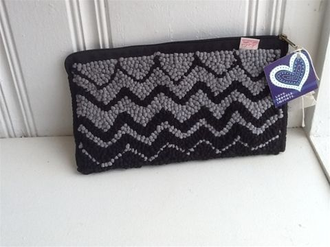 Mielie Clutch #clutch #blackgray #styleshack #shoplocal #trendy http://www.styleshack.com/boutique-directory/product/552