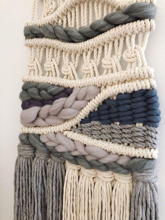 Ähnliche Artikel wie ÉTOILE GREY modern macrame wall hanging, woven wall hanging, fibre art auf Etsy