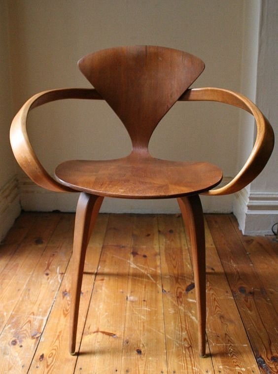 norman cherner plywood chair room