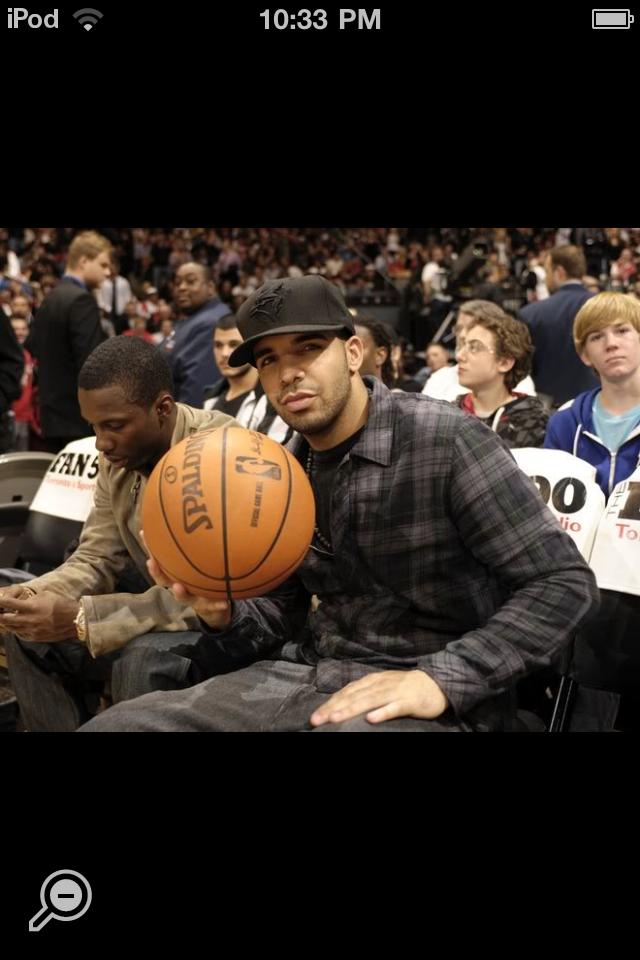Basketball & Drake! Drake, Basketball, Toronto raptors