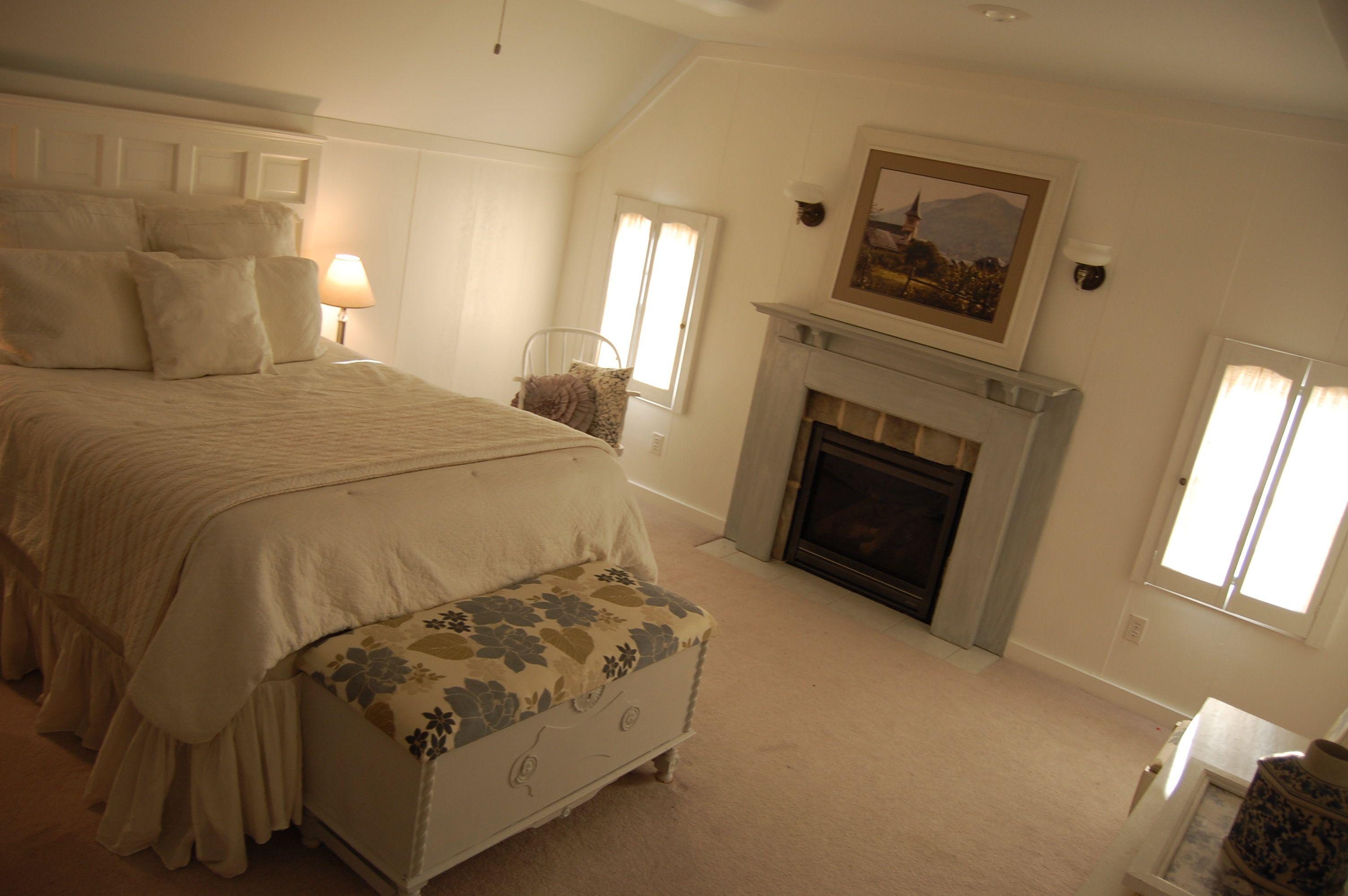 Best Attic Master Bedroom Attic Master Bedroom Home Decor 400 x 300