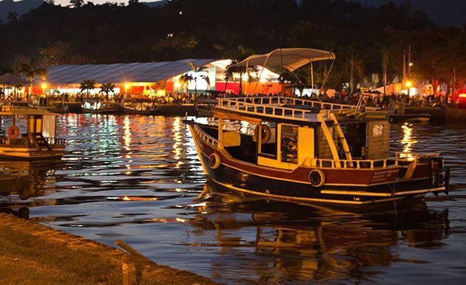 Post sobre viagem para Paraty que fiz mês passado. #travel #boat #sea #paraty #brazil