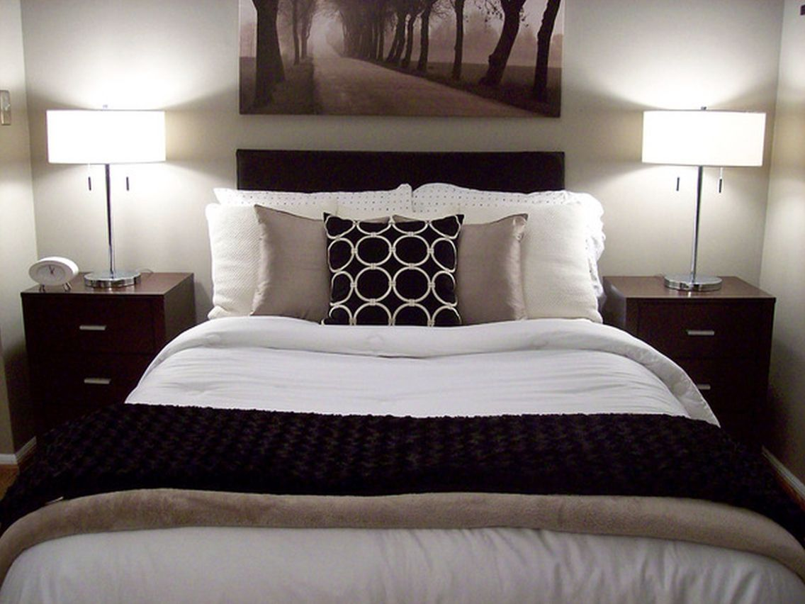 Beige black and cream bedroom pinteres for Black bed bedroom ideas