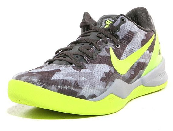 more photos 99f28 6391c Nike Kobe 8 GC Sport Grey Volt Pure Platinum