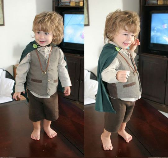 You Know Your Child Is Going To Be A Geek When They Dress Up As A Little Hobbit Voluntarily Childrens Costumes Hobbit Costume Hobbit Cosplay