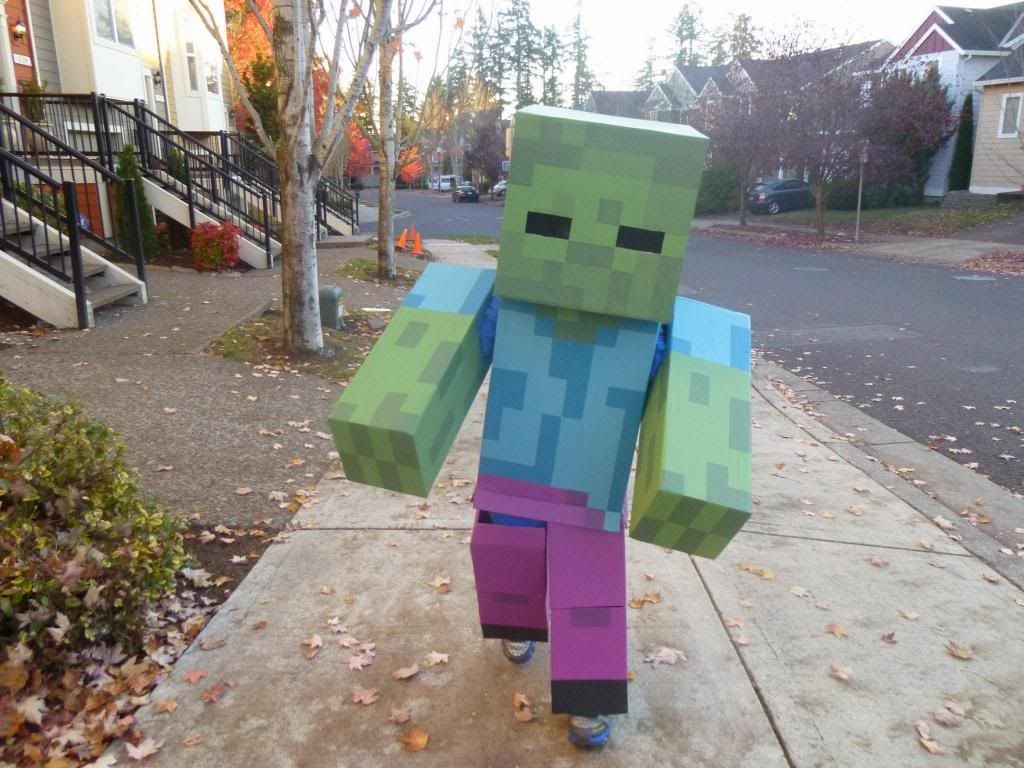 Minecraft Zombie for a Six Year Old - Halloween 8 - Update: He
