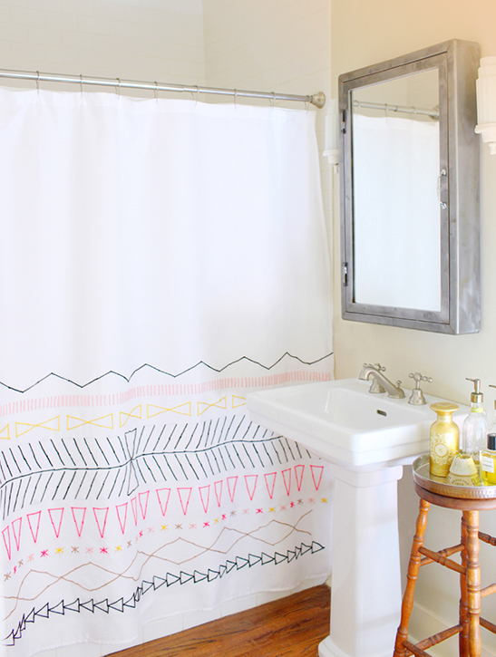 White Shower Curtain Write Draw On It With Sharpee Or Fabric