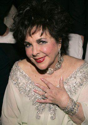 Pin By Lola On Elizabeth Taylor Elizabeth Taylor Elizabeth Taylor Death Elizabeth Taylor Jewelry