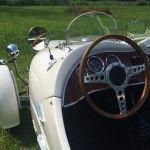 Klassiekershuren.nl - Lomax 224 Cabriolet, als trouwauto of ga er lekker een dagje op uit!