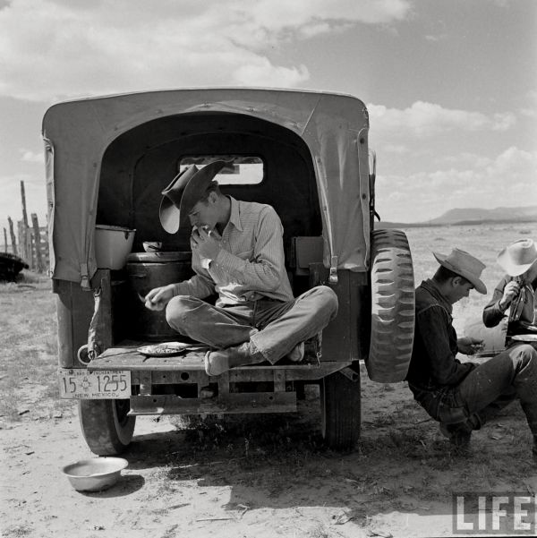 The Country Chrysler Blog Vintage Camping Jeep Pics High River Vintage Camping Vintage Photos Cowboys