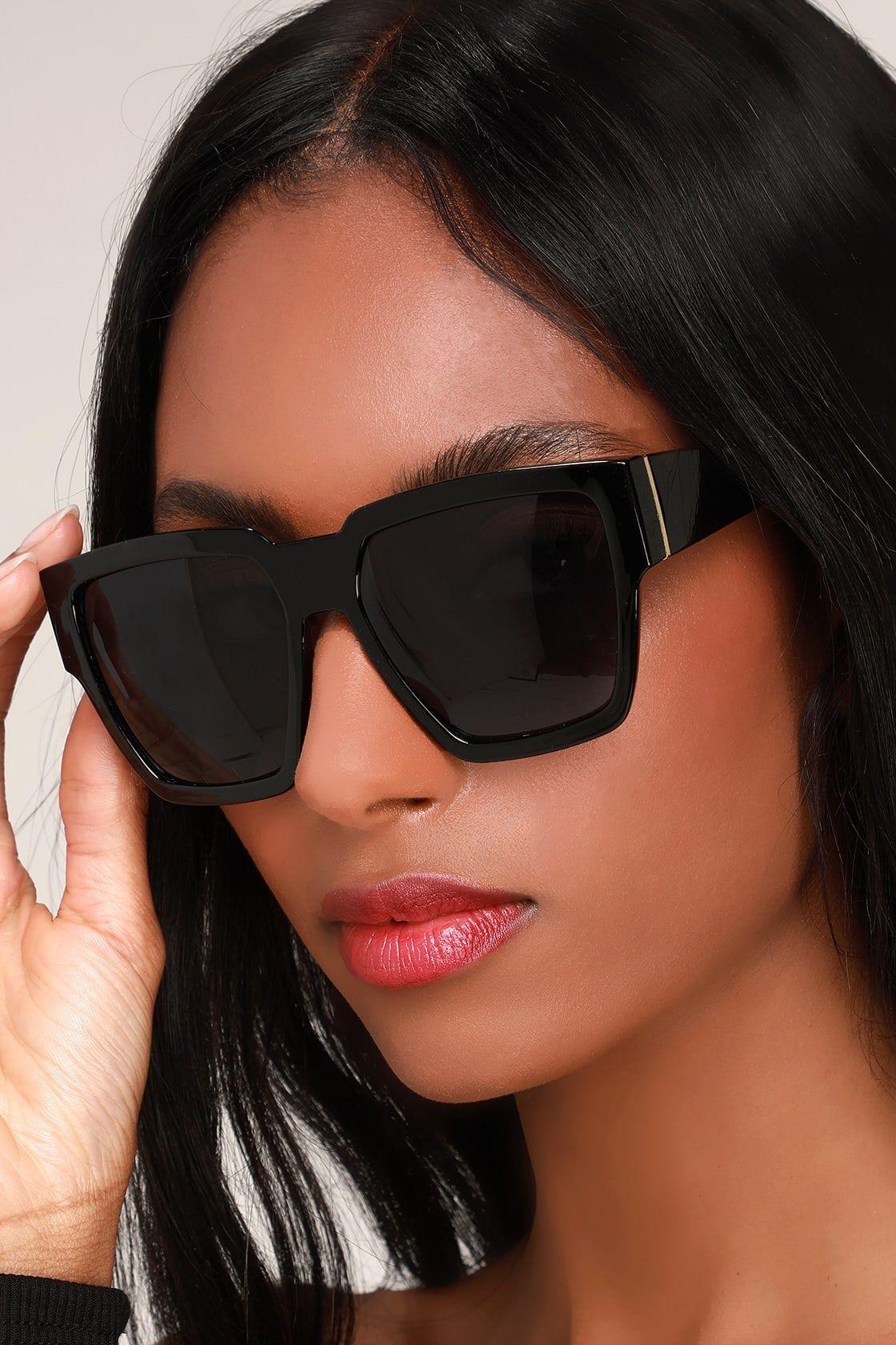 Chloe Vera Scalloped Square Plastic Sunglasses | Neiman Marcus