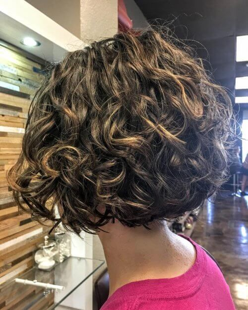 29 Most Flattering Short Curly Hairstyles To Perfectly Shape Your Curls Short Layered Curly Hair Curly Hair Trends Short Curly Bob Hairstyles