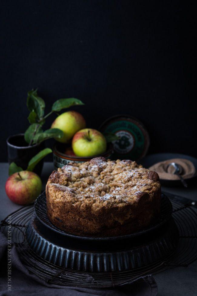 Saftiger Apfelkuchen mit knusprigen Zimtstreuseln  oder auch Apple Cinnamon Crumb Cake