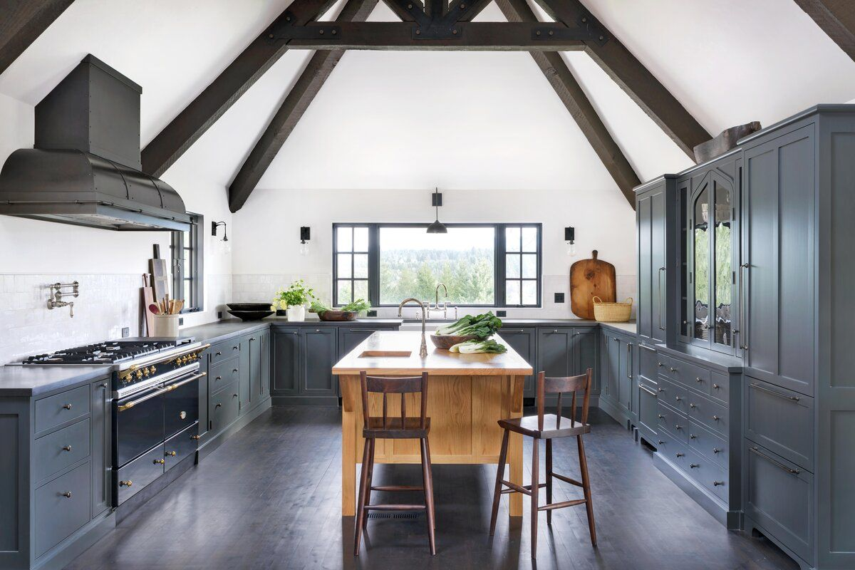 A Once Run Down House In Portland Oregon Was Transformed Into A Dreamy Weekend Retreat In 2020 Kitchen Trends Trending Decor Farmhouse Kitchen Island