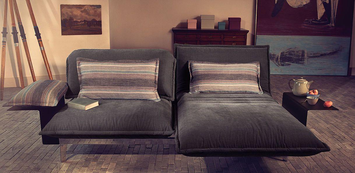The unique comfort function of the Rolf Benz NOVA sofa ...