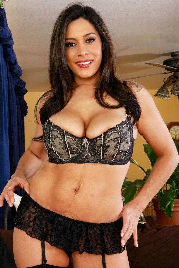 Chubby latina babes