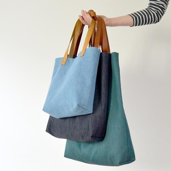 Genoa Tote | size L is 16x20""