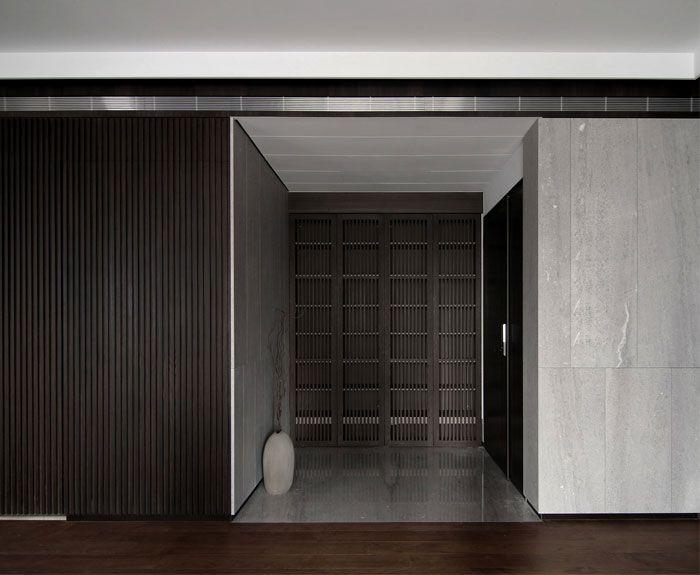 Dunkle Modische Stimmung Des Modernen Lebens Bei Mole Design Project Haus Design Architektur Haus Design Modern