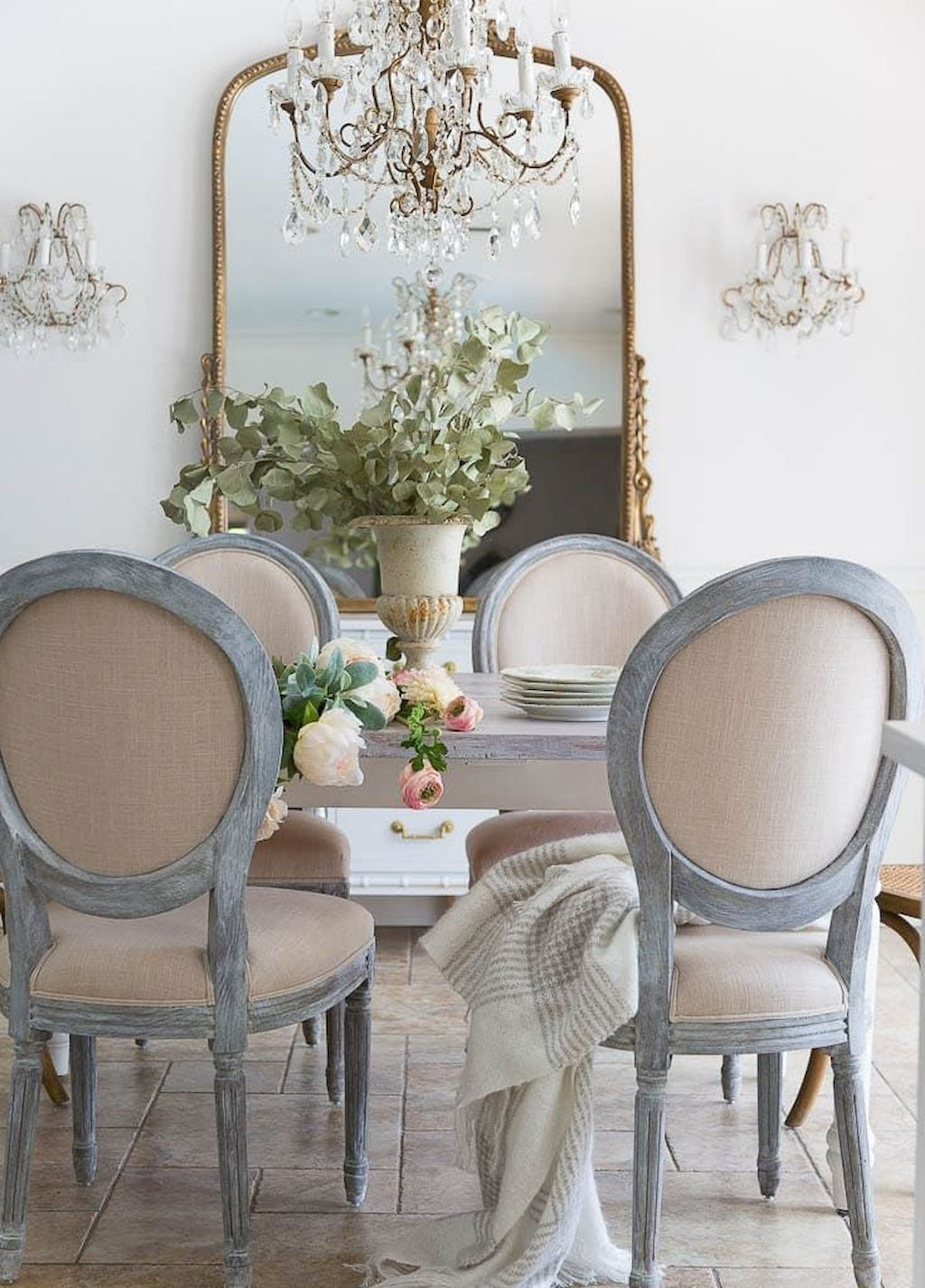 60 Beautiful French Country Dining Room Decor Ideas French