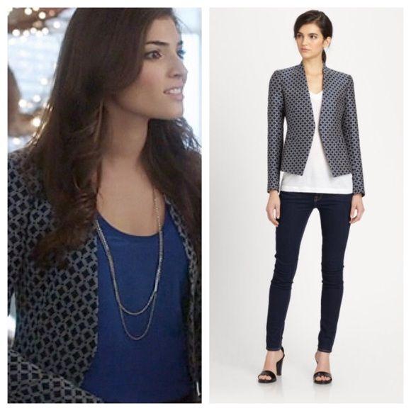 ❗️24HR SALE❗️Theory Blue Black Blazer 6 NWT Brand new with tags. Theory Blue Black Blazer 6 NWT ❌ sorry no trades - price is firm even if bundled ❌ Theory Jackets & Coats Blazers