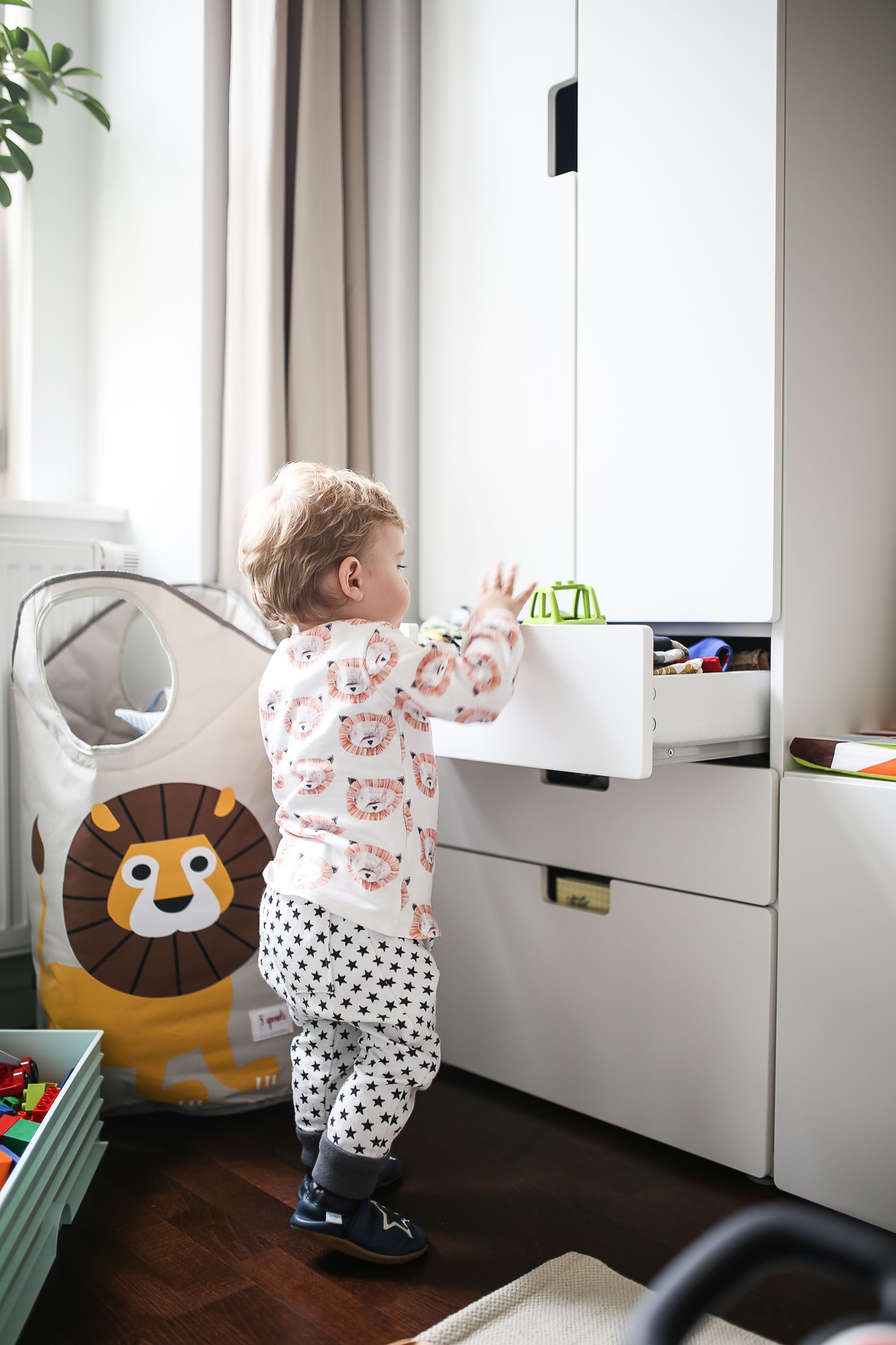 Babyzimmer ikea stuva  Friedrichs neues Kinderzimmer | Shared bedrooms, Bedrooms and Room
