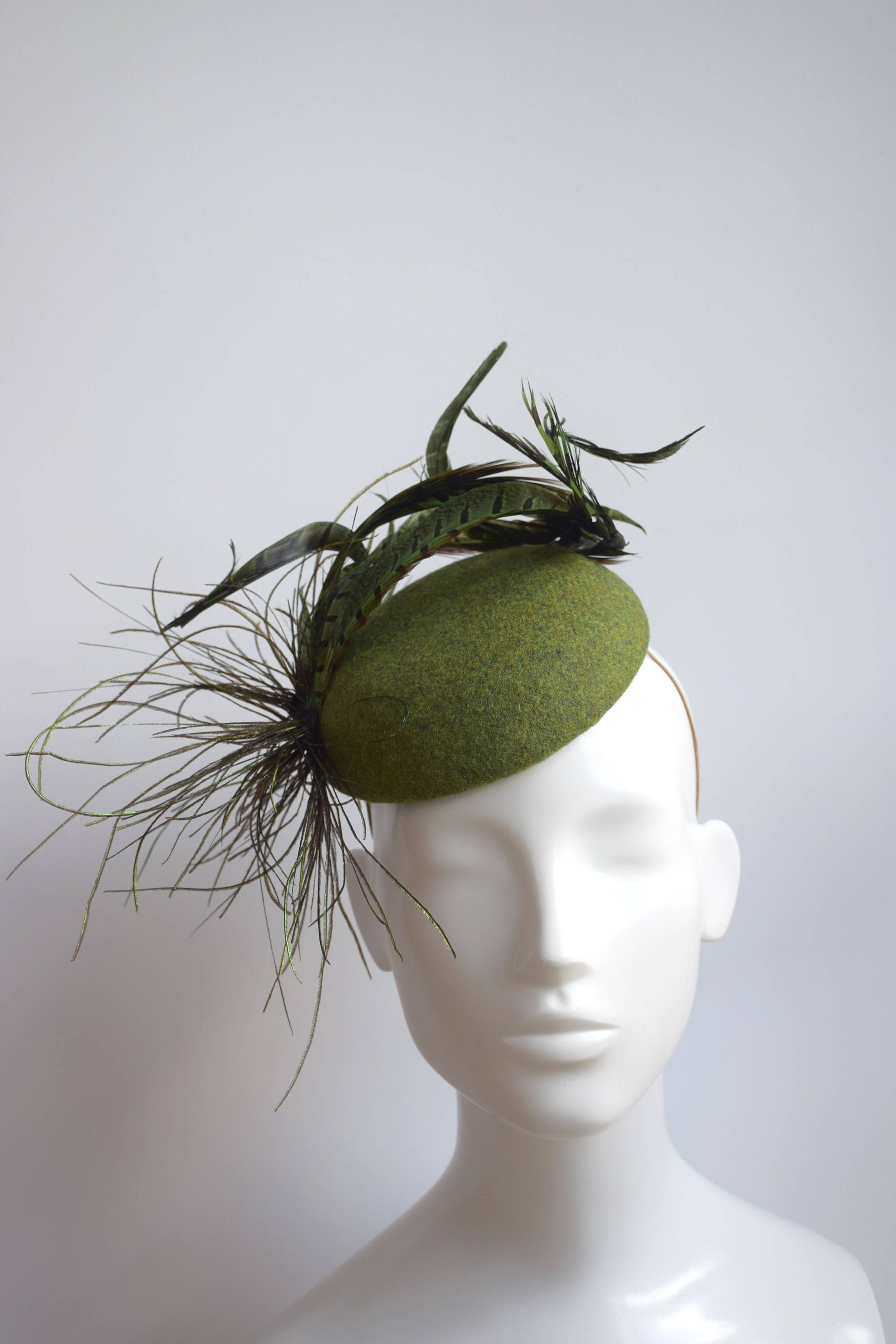 Green Fascinator - Green Harris Tweed - Wool Cocktail Hat - Winter Wedding  Hat - Cheltenham Races Hat - Green Pillbox Hat - Pheasant Feather by ... b49912d052d