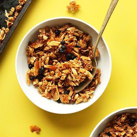 Super Chunky Coconut Granola Minimalist Baker Coconut Granola Granola Recipes Pioneer Woman Granola Recipe