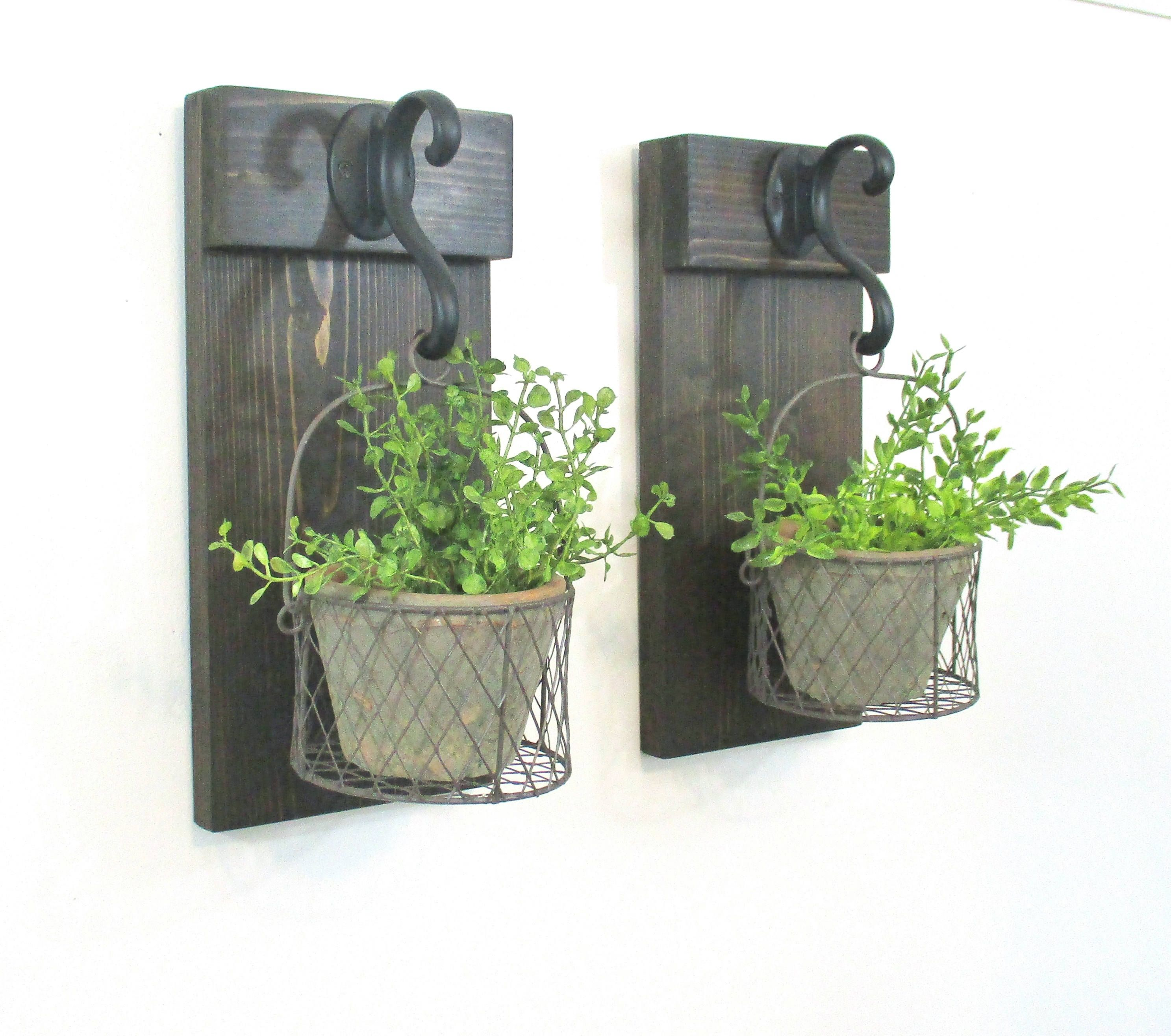 Farmhouse Wall Decor Hanging Terra Cotta Pot Rustic Pot In Wire Basket Rustic Home Decor Farmhouse Basket Wall Decor Farmhouse Wall Sconces Baskets On Wall