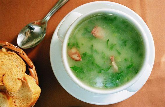 Caldo Verde (Portuguese Green Soup) | Receta | Comida, Recetas de ...