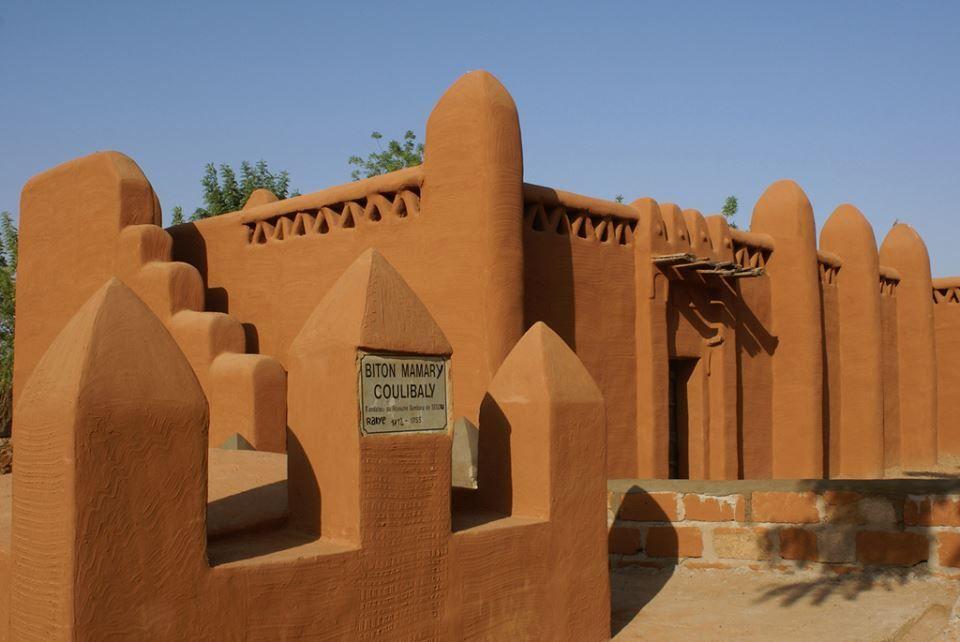 risultati immagini per african architecture | african houses