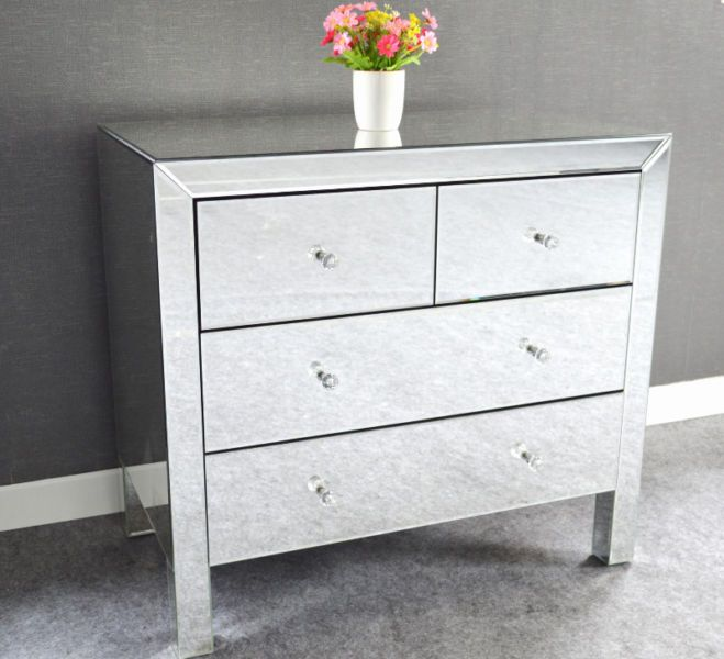 """brand new in the box very sturdy excellent quality all mirrored dresser with 4 drawers 32""""x18x29.5"""" only $325 (reg price is $500)"""