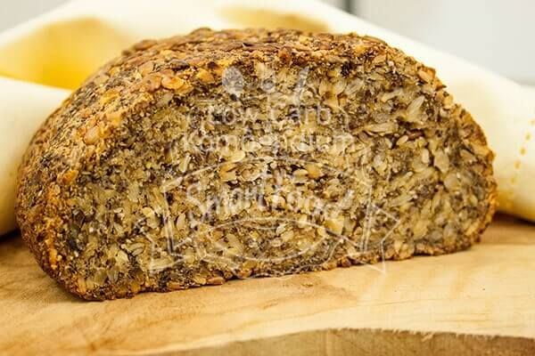 Photo of Low carb bread with crispy crust (vegan & gluten-free)