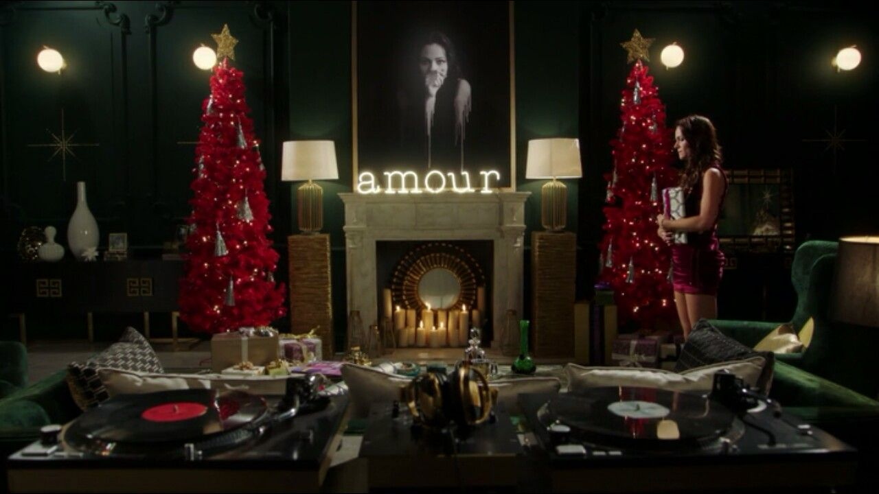 Eleanor Henstridge Bedroom Christmas Theroyalsone Royal Room House Designs Exterior Royal Christmas