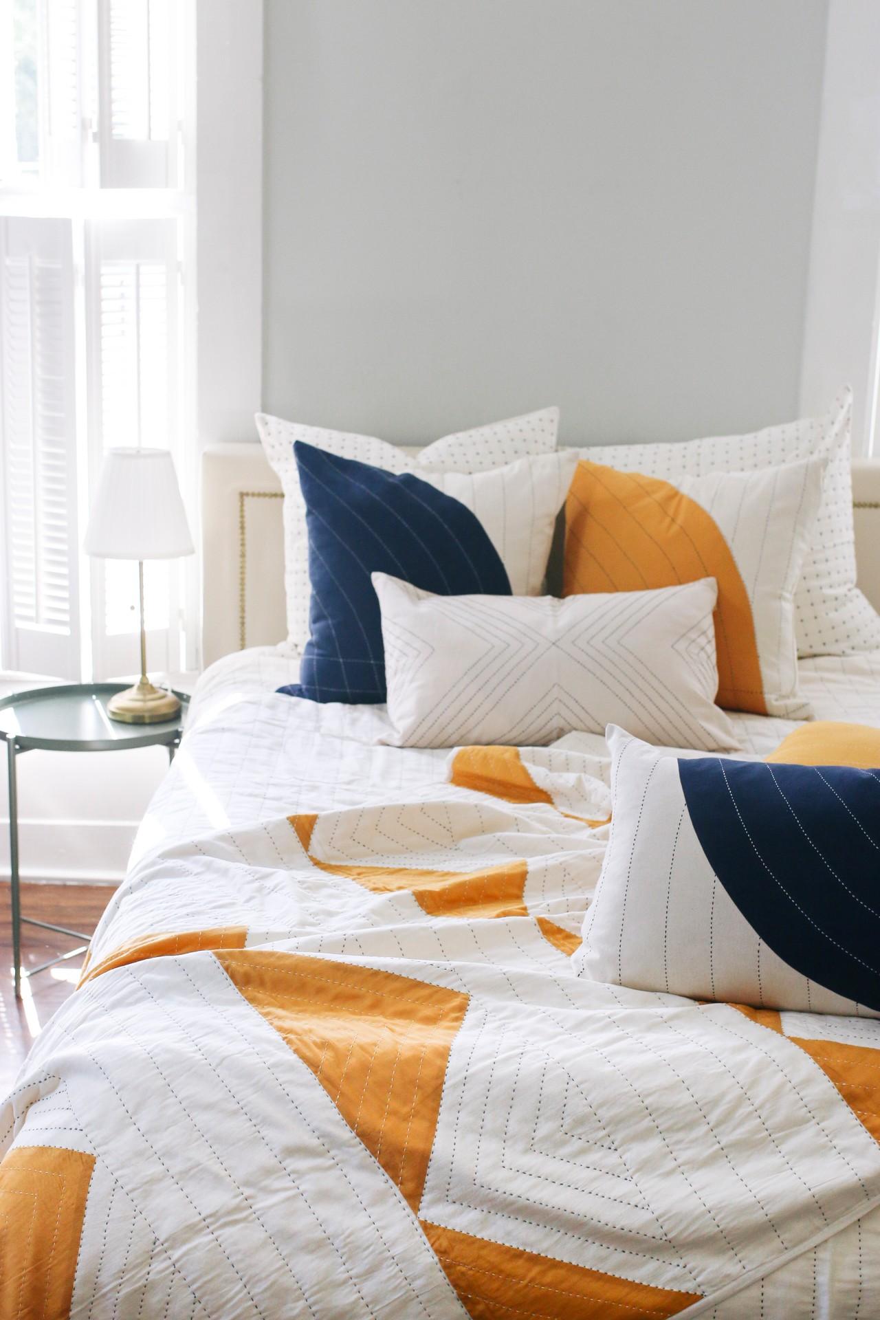 Triangle Quilt Throw | Room ideas bedroom, Bedroom decor ...