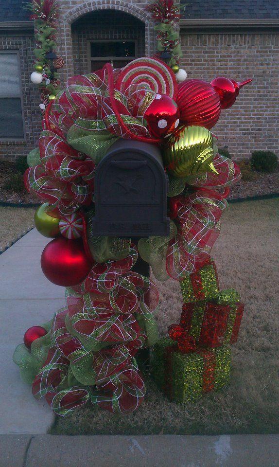decrotive christmas mailbox decrations   mailbox decor   HOLIDAY IDEAS