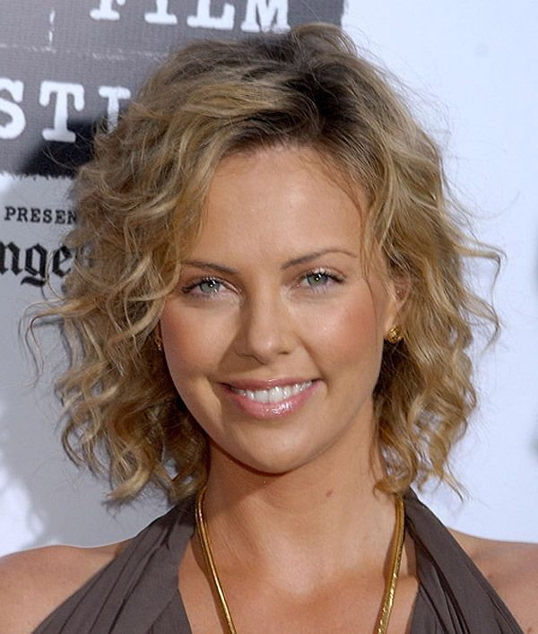 Charlize Theron Thin Wavy Hair Short Curly Haircuts Medium Hair Styles