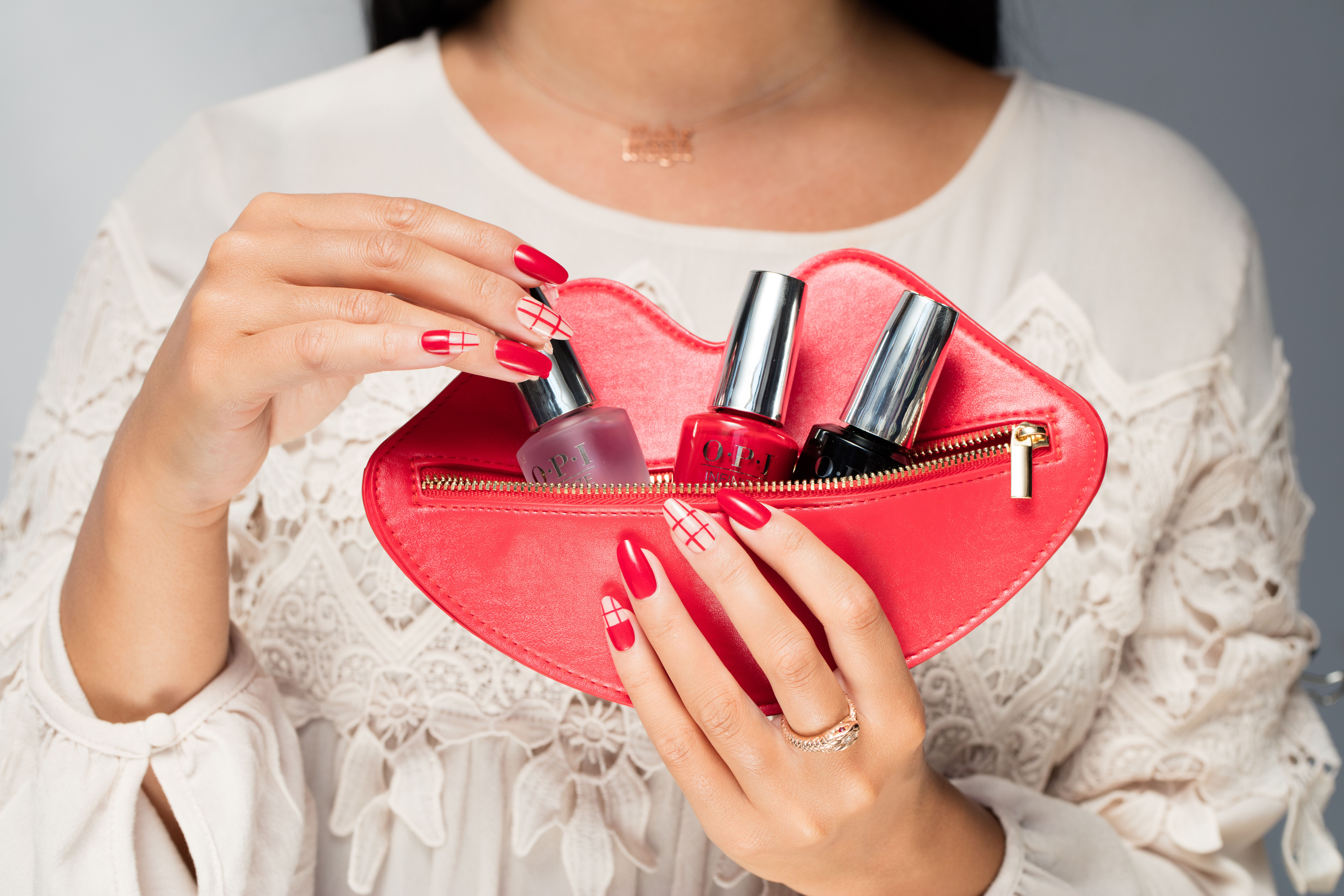 Achieve a long lasting manicure in just three easy steps! #InfiniteShine all day!