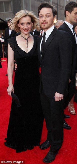 James McAvoyand his better halfAnne-Marie Duff(alas, without weeBrendan) at this year'sLaurence Olivier Awards in London. What a dashing couple!