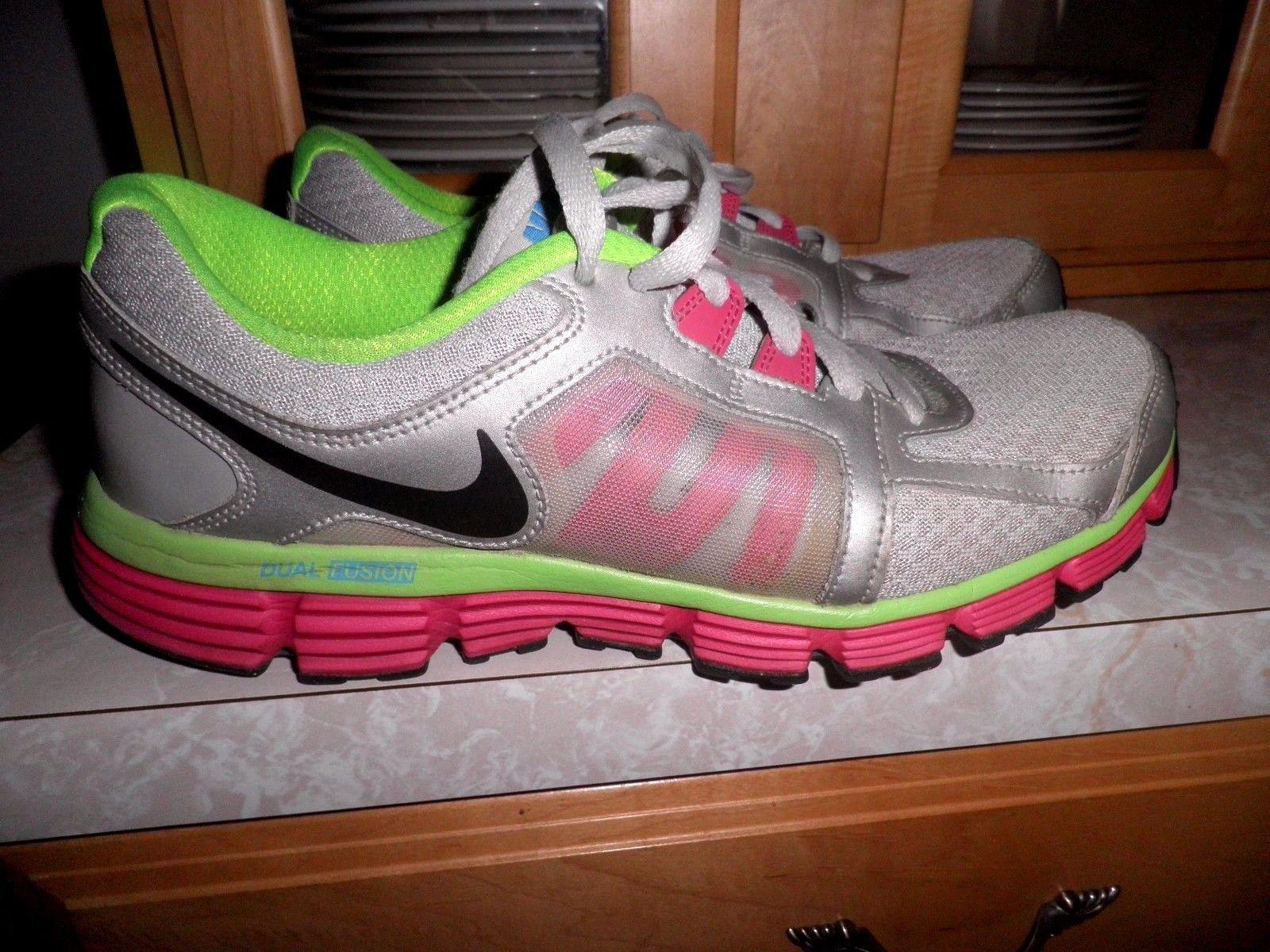 pretty nice 1a533 da300 Nike Dual Fusion ST2 Grey Running Shoes Womens Size 11   eBay