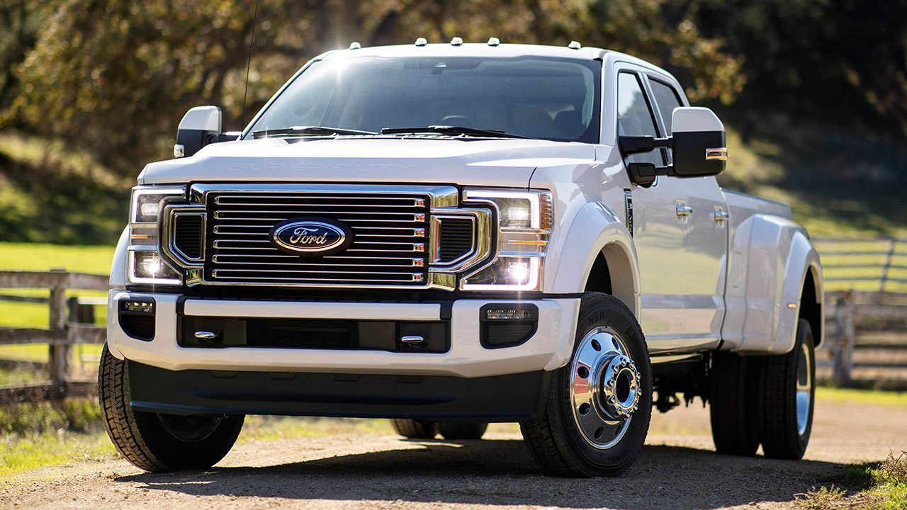 2020 Ford F Series Super Duty Debuts New Godzilla 7 3 Liter V8 Ford Trucks Ford Super Duty Ford F Series