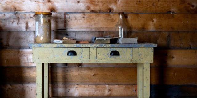 Comment restaurer un meuble ? customisation Pinterest Father