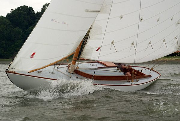 We Had A Small Flurry Of Stories About East Coast Start Ups In Britain This Year But This Was The Most Surprising Thing We H Classic Boats Sailing Dinghy Boat