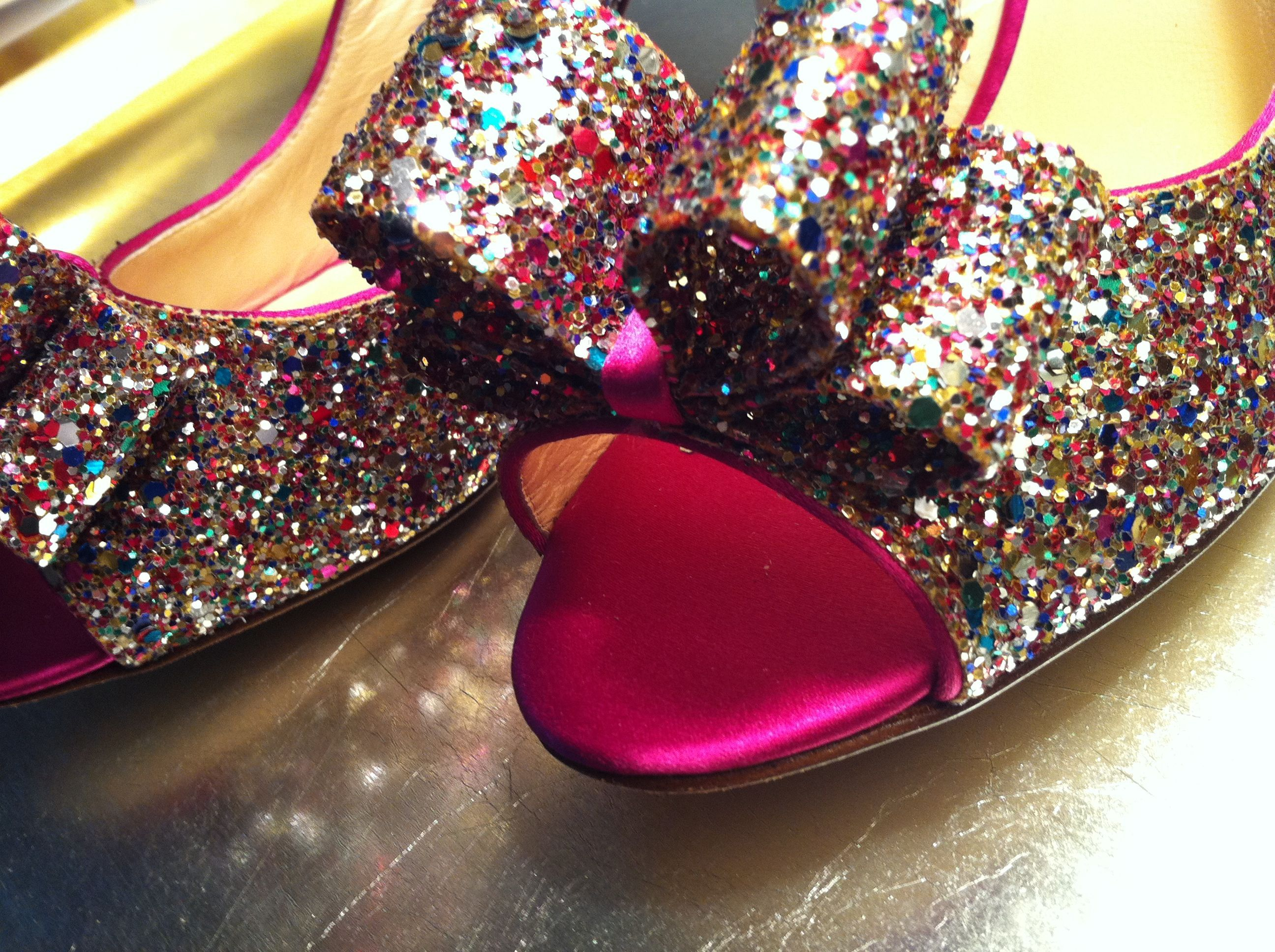 06a7c6b2cc2b glittery shoes  )