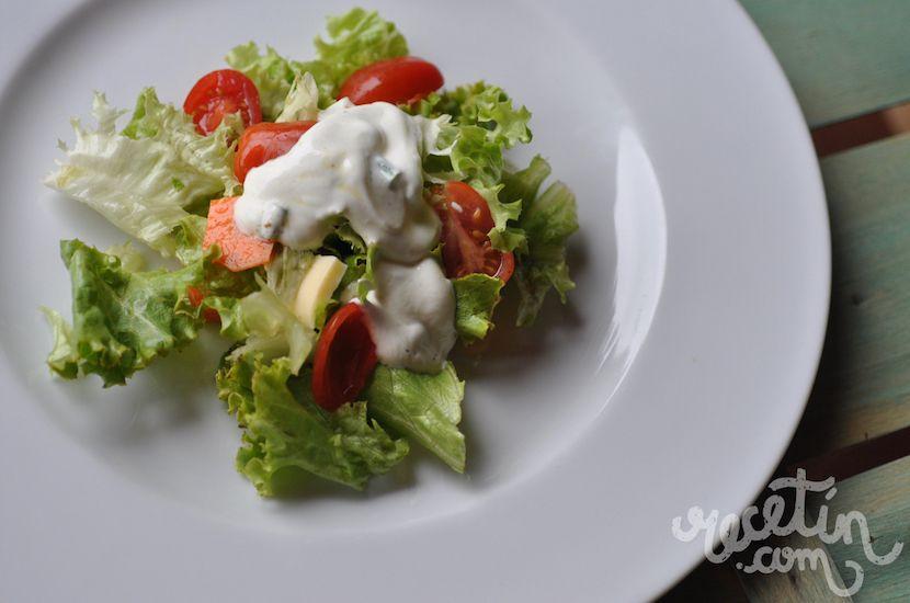 calorias de una ensalada de lechuga y tomate