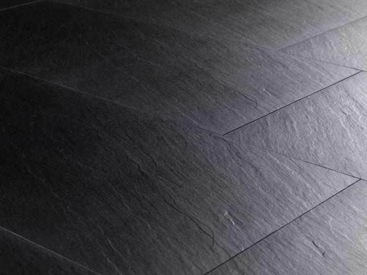 Esempio piastrelle in gres porcellanato effetto pietra for the home