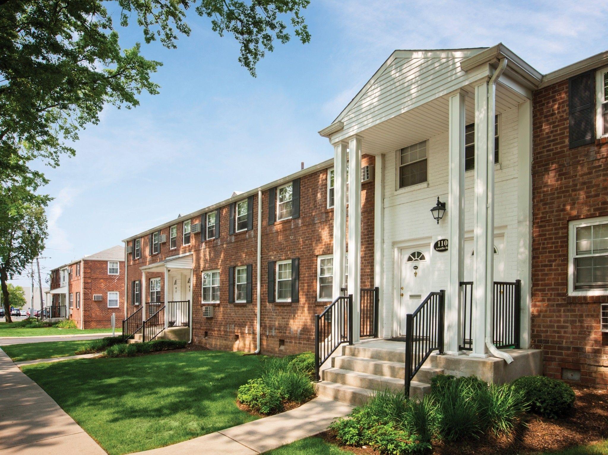 Gables University Station Apartments s Floorplans