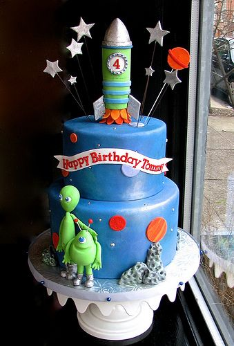 Astonishing Outer Space 4Th Birthday Cake With Images 4Th Birthday Cakes Funny Birthday Cards Online Inifofree Goldxyz